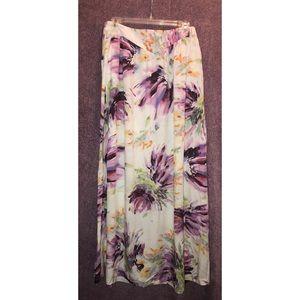 Dresses & Skirts - Maxi Skirt medium Floral Print